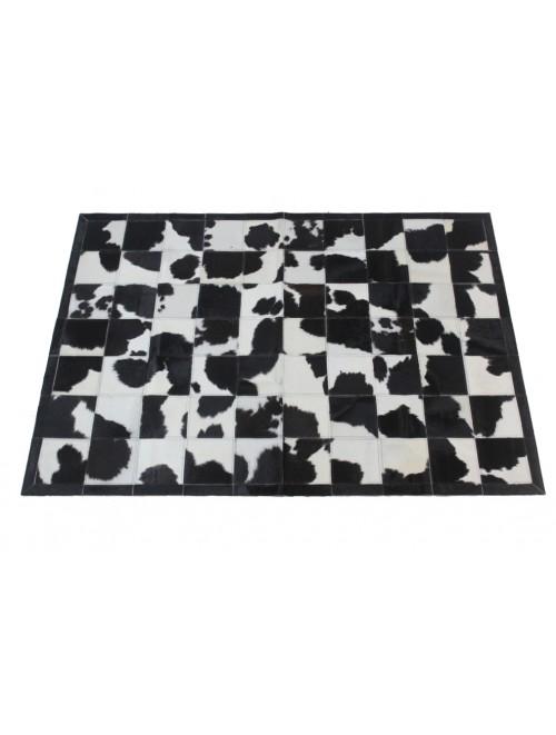 Tapete de Couro Malhado Preto e Branco c/ Borda 1,50 x 2,10m